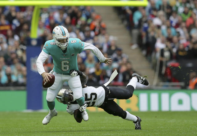 Jay Cutler and the Miami offense struggled against the New Orleans Saints on Sunday. (AP)