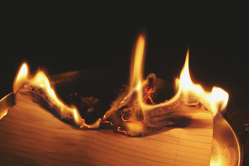 A teen in Nebraska accidentally started a home fire burning letters from her ex. (Photo: Getty Images)