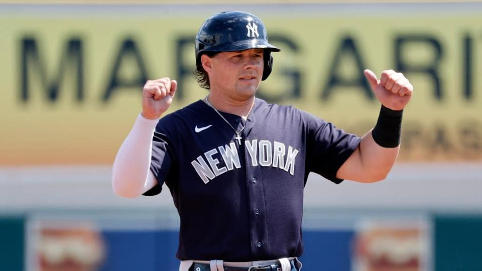 Luke Voit motions to dugout after double