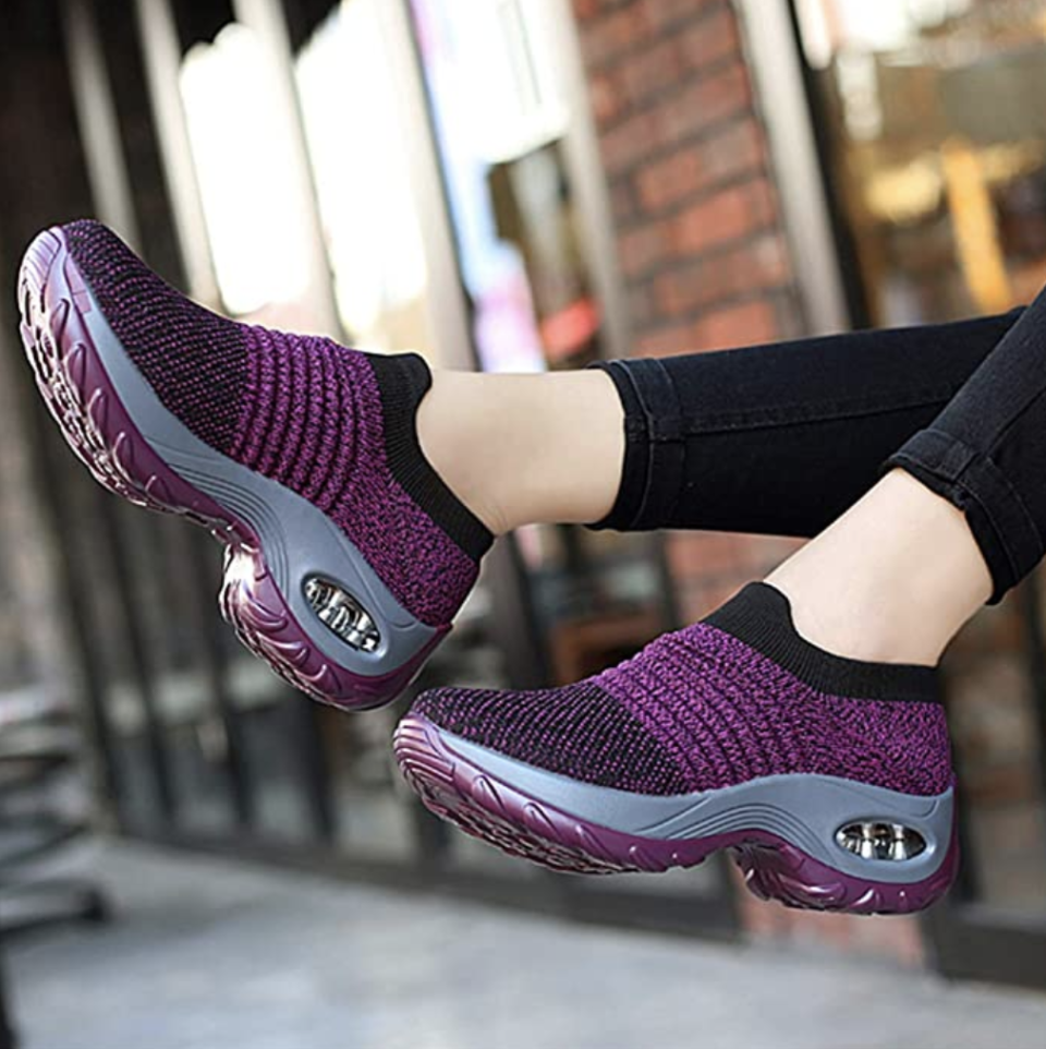 These sneakers come in 30 different colors. (Photo: Amazon)