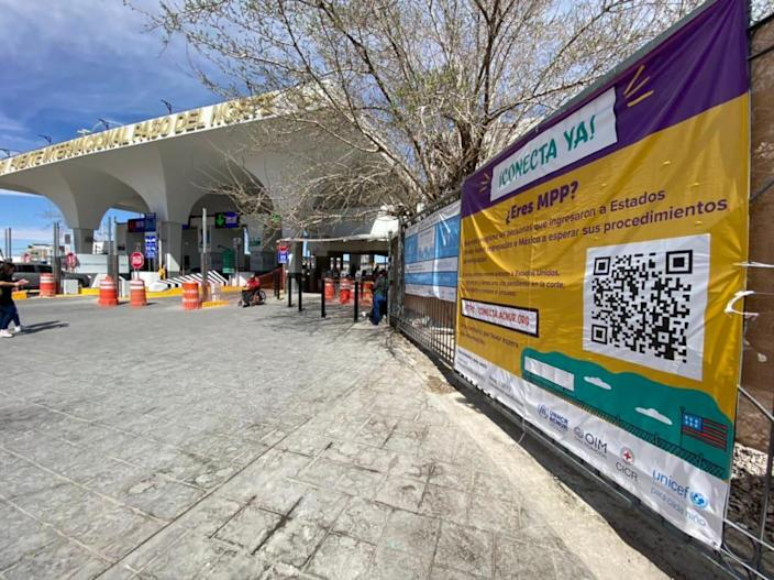 "<div class=""inline-image__caption""><p>Bridge at Ciudad Juarez with MPP advertisement.</p></div> <div class=""inline-image__credit"">Luis Chaparro</div>"