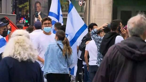 The pro-Israel demonstration drew hundreds of people to downtown Montreal on Sunday.