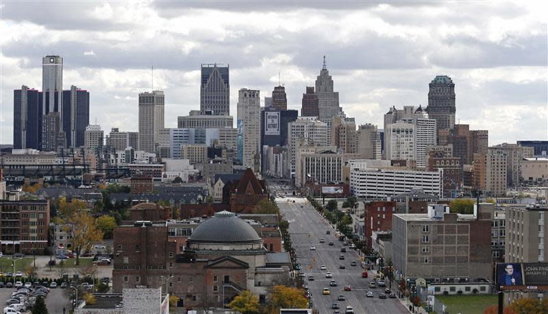 The skyline of Detroit as seen from midtown area in Michigan