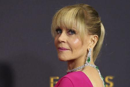 FILE PHOTO: Actress Jane Fonda arrives at the 69th Primetime Emmy Awards in Los Angeles, California, U.S., September 17, 2017.  REUTERS/Mike Blake/File Photo