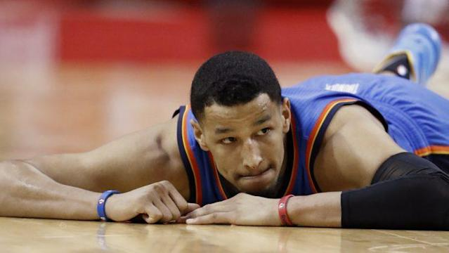 "Thunder wing <a class=""link rapid-noclick-resp"" href=""/nba/players/5196/"" data-ylk=""slk:Andre Roberson"">Andre Roberson</a> takes a break. (AP)"
