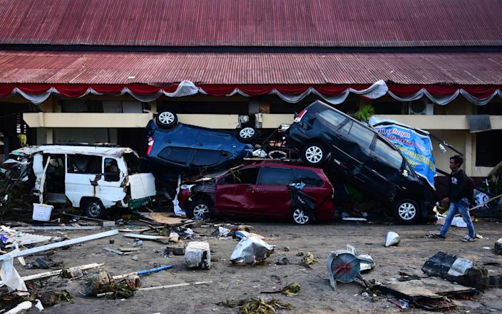 <p>A general view of tsunami devastated area in Palu, Central Sulawesi, Indonesia, 29 September 2018. According to reports, at least 384 people have died as a result of a series of powerful earthquakes that hit central Sulawesi and triggered a tsunami. (Photo: WILANDER/EPA-EFE/REX/Shutterstock) </p>