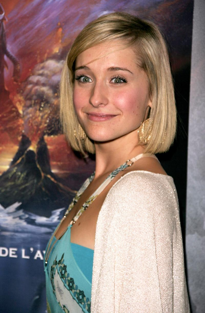 "Allison Mack during 13th Jules Verne Film Festival - ""Smallville"" Season IV Premiere at Rex Theatre in Paris, France. (Photo by Jean Baptiste Lacroix/WireImage)"