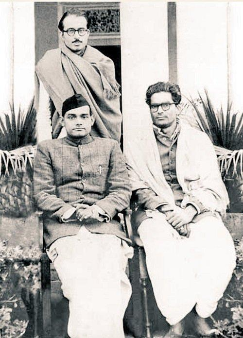 <p>Vajpayee with the late former Rajasthan chief minister Bhairon Singh Shekhawat and former deputy prime minister of India Lal Krishna Advani.(Photo tweeted by @IndiaHistoryPic) </p>