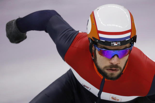<p>Sjinkie Knegt is one of numerous Dutch speed skaters to medal in PyeongChang. Taking the ice by storm is awesome, but it's even better when you do it sporting an imperial Abe Lincoln-style neck curtain. (AP) </p>