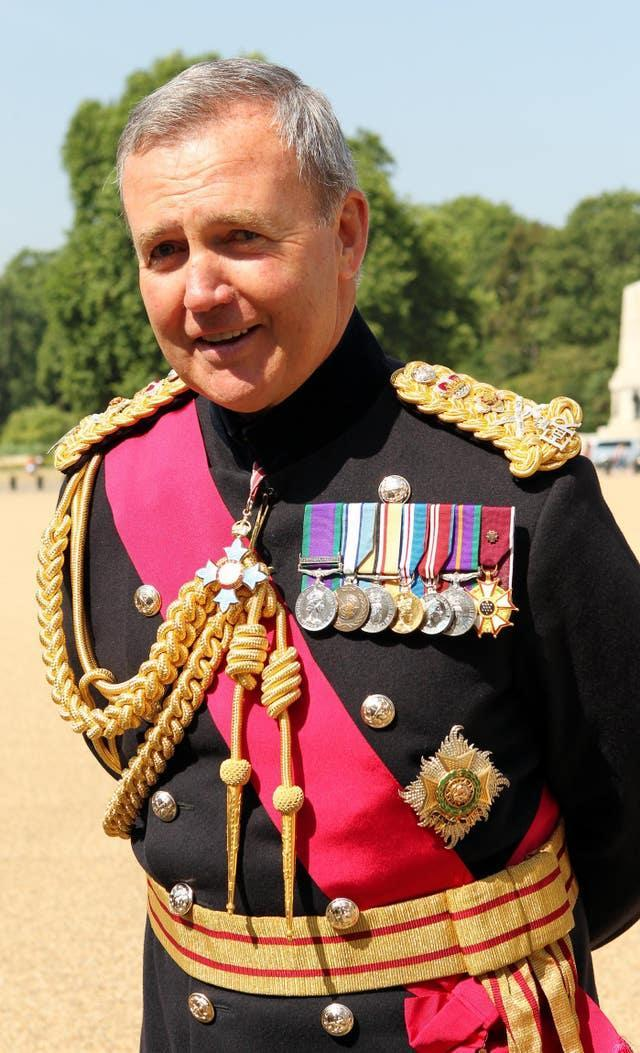 Change of head for UK armed forces