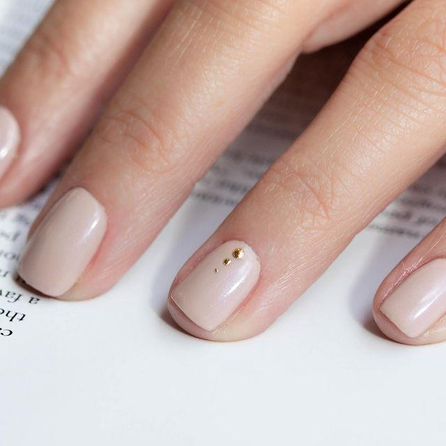 """<p>We've said it before and we'll say it again - nude nails make the best base for oh-so-delicate nail art.</p><p><a href=""""https://www.instagram.com/p/B3xHp2glGrD/"""" rel=""""nofollow noopener"""" target=""""_blank"""" data-ylk=""""slk:See the original post on Instagram"""" class=""""link rapid-noclick-resp"""">See the original post on Instagram</a></p>"""