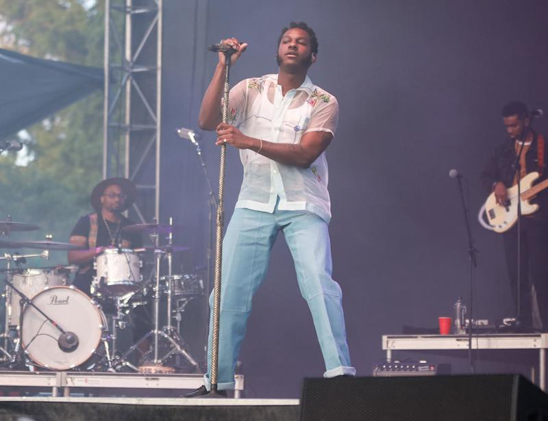 The Story Behind Leon Bridges's Show-Stealing Afropunk Look