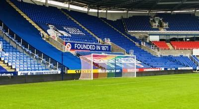 Reading FC and Casumo will support Rainbow Laces week by going one further and change their goal nets to Rainbow Nets in their game against Nottingham Forest.