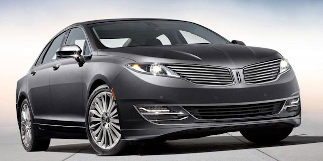 <p>Luxury Sedan, 1st Place: 2013-2016 Lincoln MKZ (Road & Track) </p>