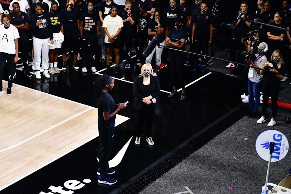 Atlanta Dream's Elizabeth Williams announces to ESPN reporter Holly Rowe that the WNBA will be postponing games on Aug. 26, 2020.