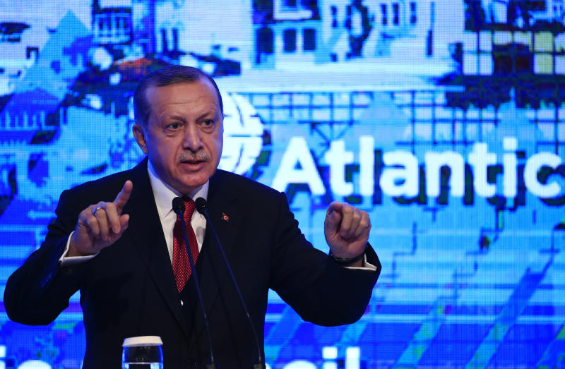 Turkey's President Recep Tayyip Erdogan, gestures as he delivers a speech at an Atlantic Council event in Istanbul, Friday, April 28, 2017. (AP Photo/Lefteris Pitarakis)