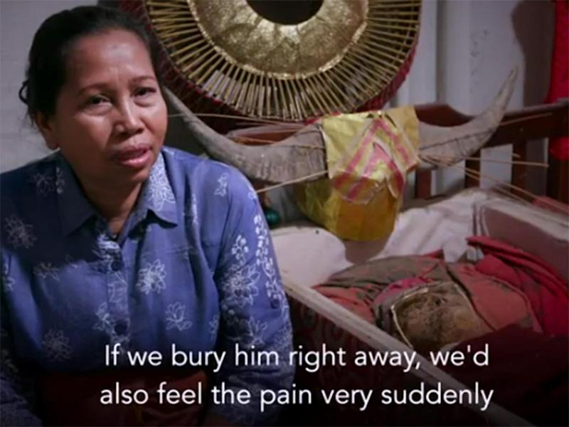 Mamak Lisa has kept her father's body at home for 12 years (BBC)