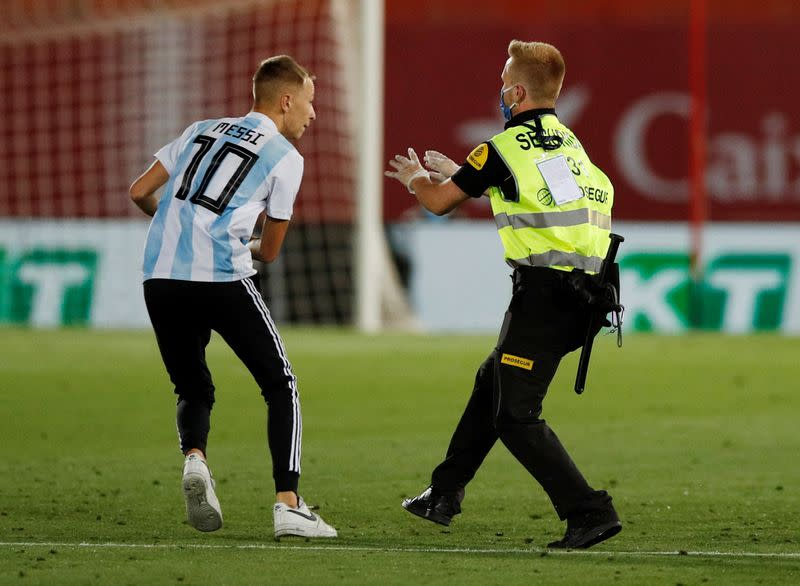 La Liga to seek criminal action against pitch invader