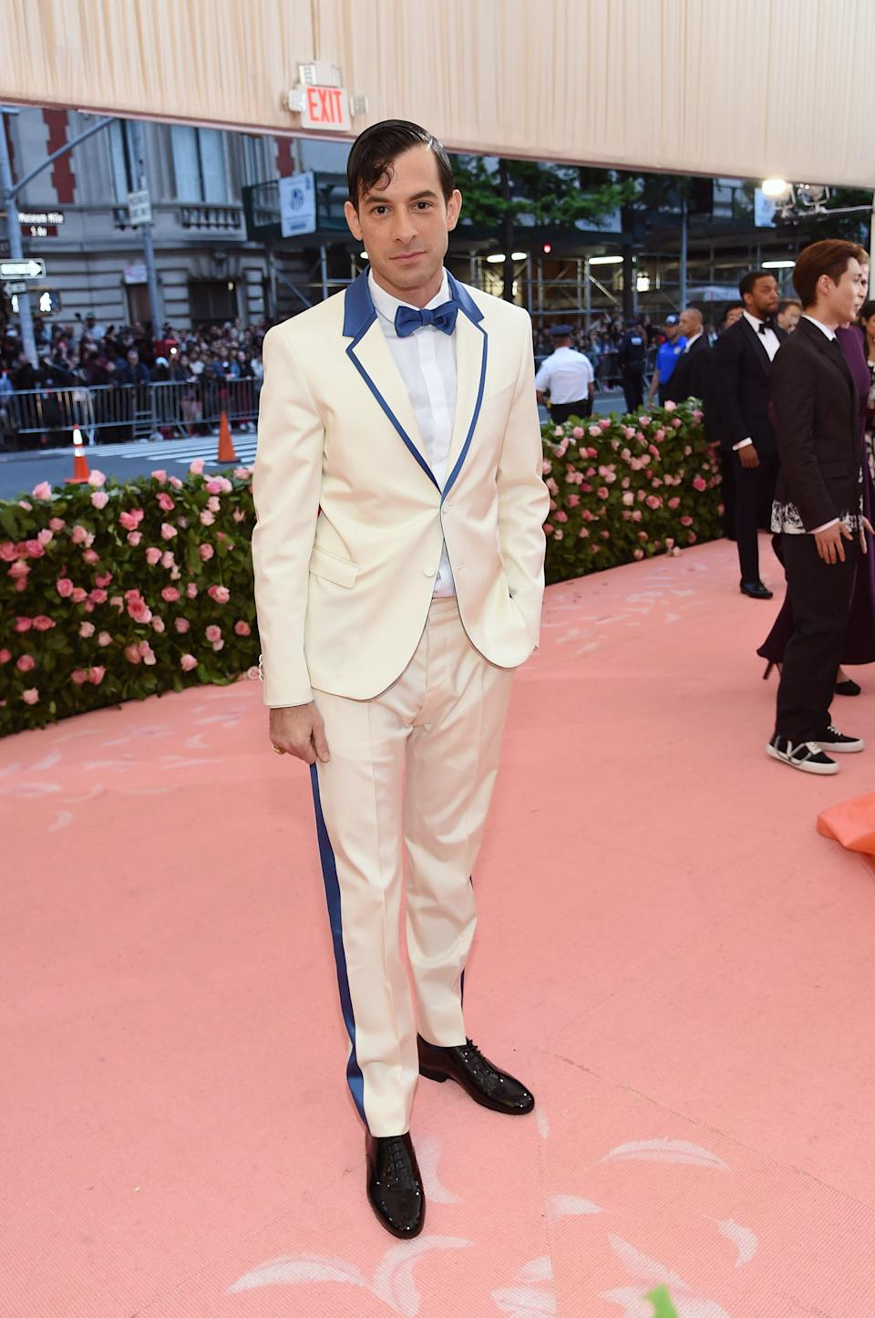 """<h1 class=""""title"""">Mark Ronson in Valentino</h1><cite class=""""credit"""">Photo: Getty Images</cite>"""