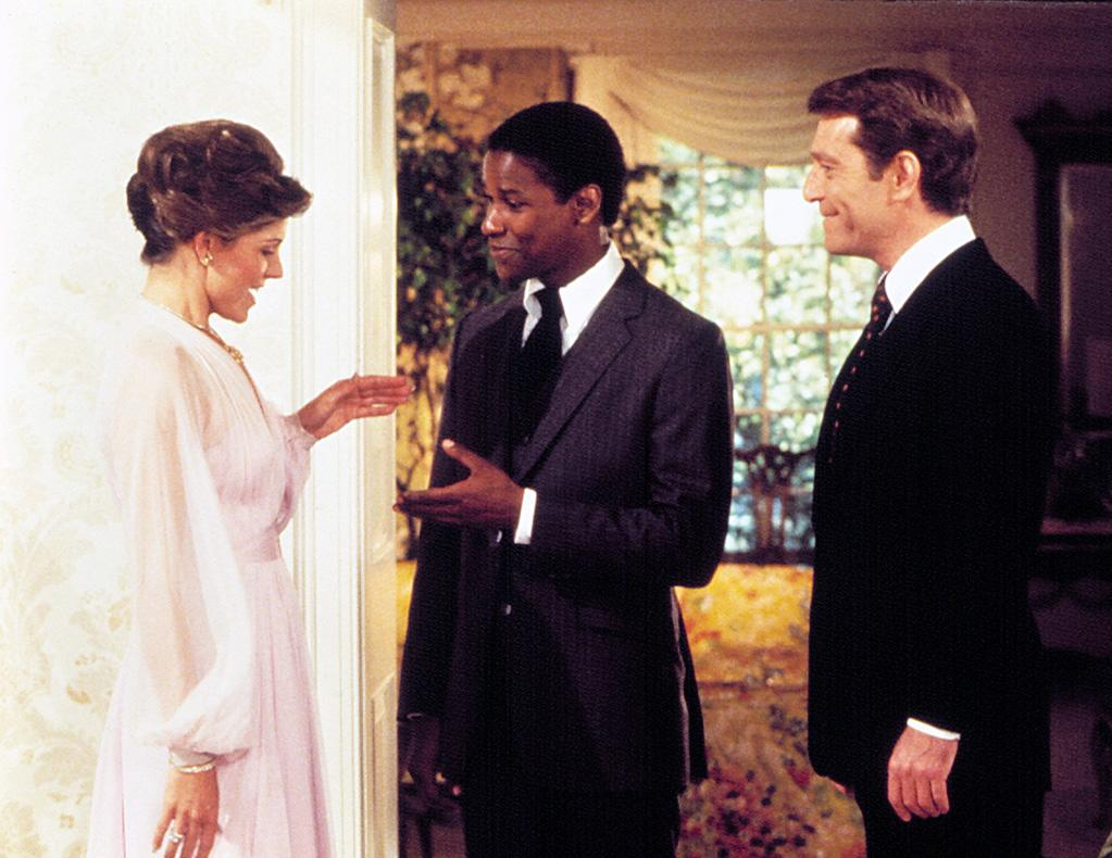 """<a href=""""http://movies.yahoo.com/movie/1800044292/info"""">CARBON COPY</a> (1981)   Denzel's first starring role was in this culture-clash comedy. Soon afterwards, he landed the part of Private Peterson in """"<a href=""""http://movies.yahoo.com/movie/1800119176/info"""">A Soldier's Story</a>"""" along with the role of Dr. Philip Chandler on the long-running medical drama series """"St. Elsewhere."""""""