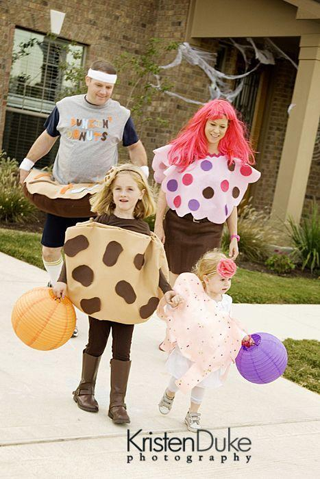 """<p>This sweet group costume uses a lot of safety pins and even more hot glue. More importantly, there's no sewing required. Yes, really!</p><p><em><a href=""""http://www.kristendukephotography.com/i-made-it-to-crafting-with-the-stars-round-2/"""" rel=""""nofollow noopener"""" target=""""_blank"""" data-ylk=""""slk:See more at Kristen Duke Photography »"""" class=""""link rapid-noclick-resp"""">See more at Kristen Duke Photography »</a></em></p>"""