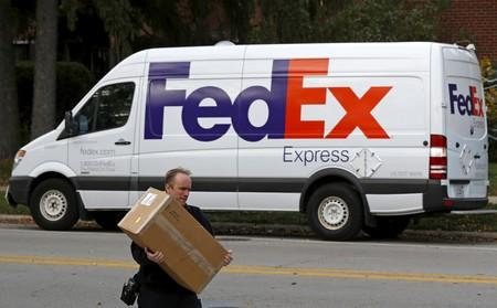 No more FedEx air shipments for Amazon after this month