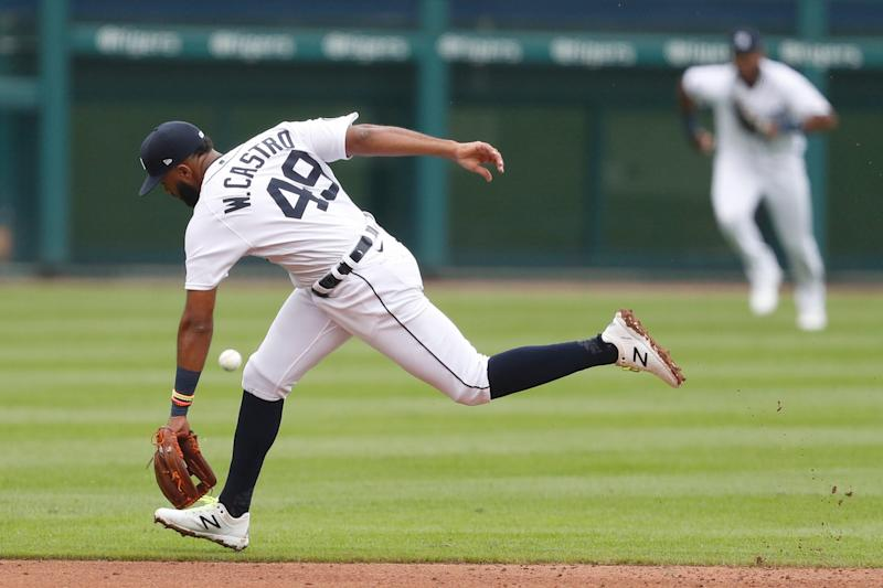 Tigers shortstop Willi Castro unable to field the ball during the fourth inning of the Tigers' 19-0 loss on Wednesday, Sept. 9, 2020, at Comerica Park.