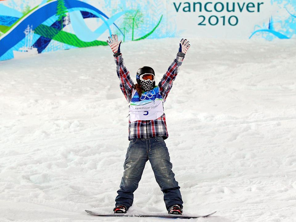 Shaun White in baggy jeans and plaid shirt at the olympics in 2010.