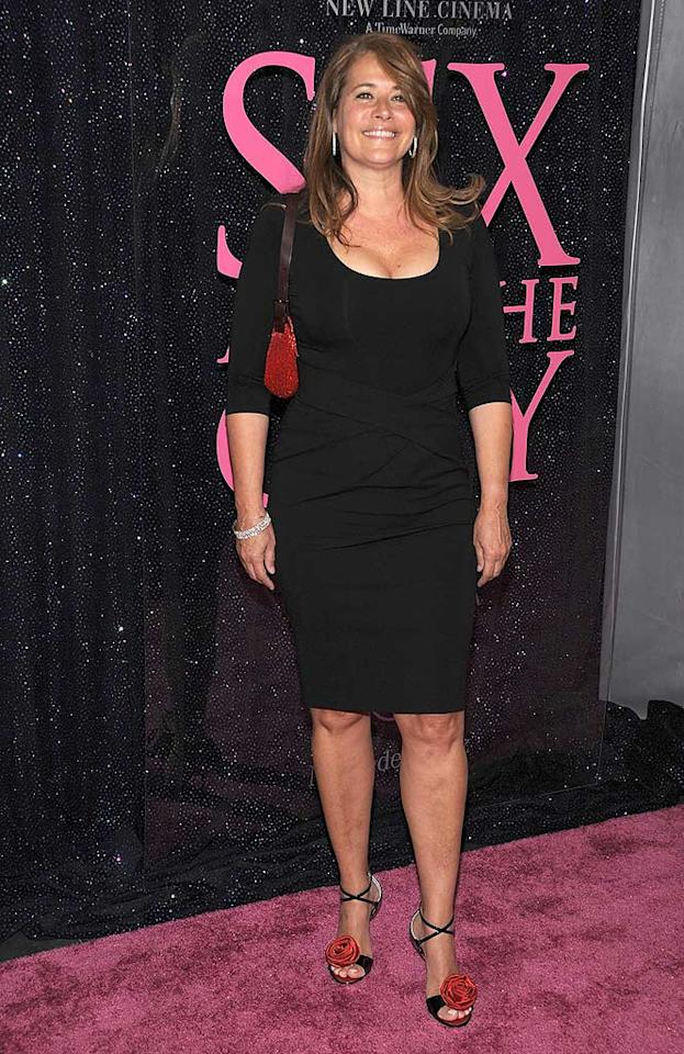 "Native New Yorker Lorraine Bracco showed off her curves in a basic black dress. Dimitrios Kambouris/<a href=""http://www.wireimage.com"" target=""new"">WireImage.com</a> - May 27, 2008"