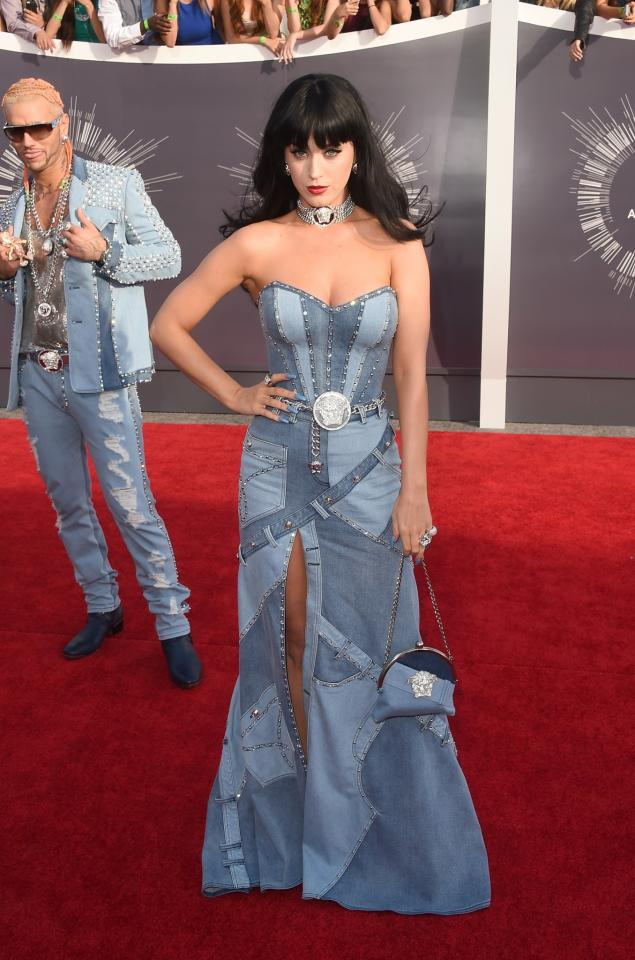 <p>That time Katy Perry paid homage to Britney Spears in a full on denim gown and won us all over. [Photo: Getty] </p>