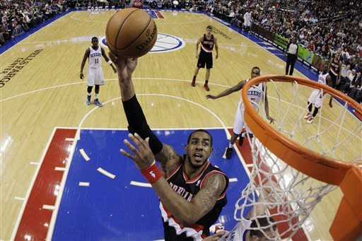 Portland Trail Blazers' LaMarcus Aldridge shoots during the first half of an NBA basketball game against the Philadelphia 76ers, Monday, March 18, 2013, in Philadelphia. (AP Photo/Matt Slocum)