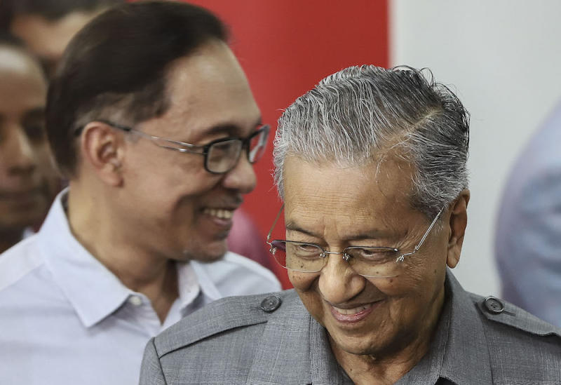 Prime Minister Tun Dr Mahathir Mohamad has repeatedly stated that Datuk Seri Anwar Ibrahim is the PM-in-waiting. — Picture by Azneal Ishak