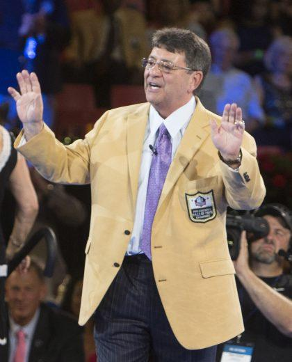 Eddie DeBartolo Jr. embarrassed one of his best former players, Jerry Rice, by digging up an unflattering nickname. (AP)