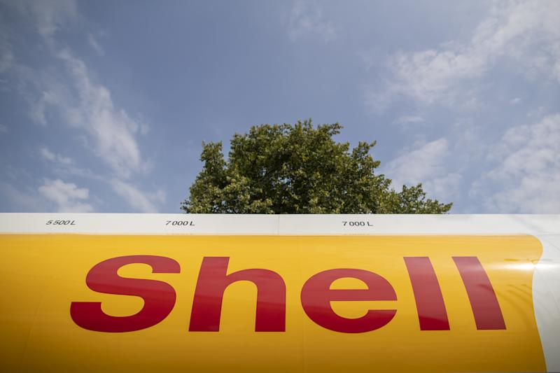 Shell Switches U.K. Customers to 100% Renewable Power