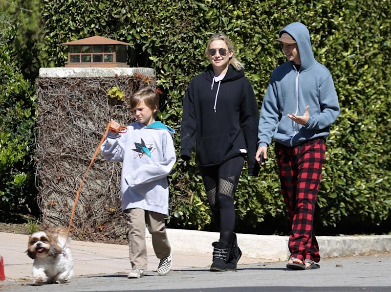 Kate Hudson and family