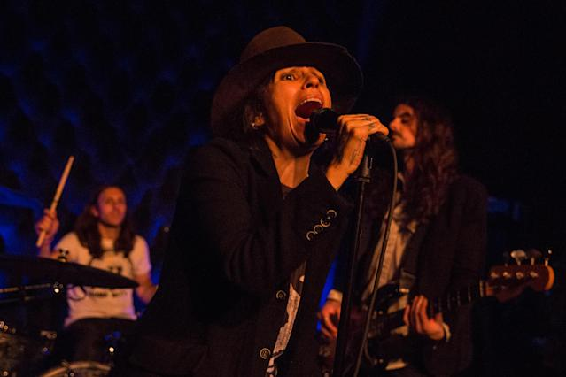 Linda Perry performs at the Townsend on March 13 in Austin, Texas. (Photo: Lorne Thomson/Redferns)