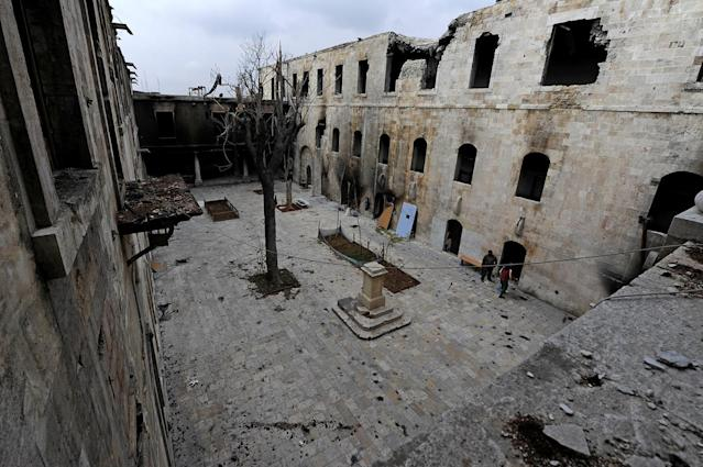 <p>A general view shows damage in al-Sheebani school's courtyard, in the Old City of Aleppo, Syria, Dec. 17, 2016. (Photo: Omar Sanadiki/Reuters) </p>
