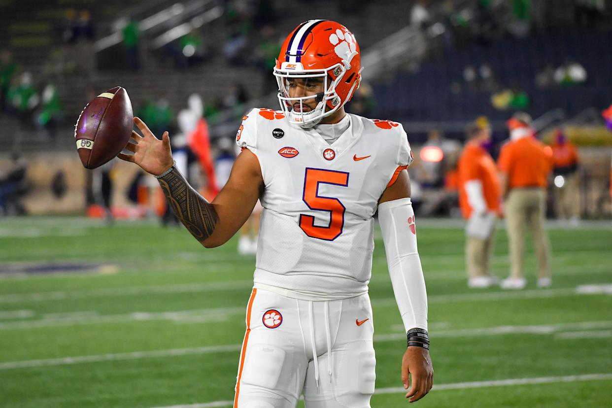 Clemson QB D.J. Uiagalelei warms up before a game against Notre Dame on Nov. 7, 2020. (Matt Cashore-Pool/Getty Images)