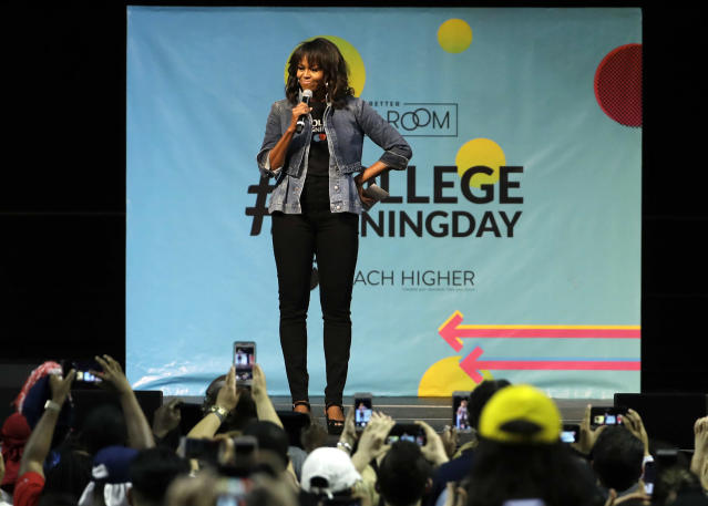 <span>Michelle Obama treated fans to a dance performance at Temple University. (Photo: AP/Matt Slocum)</span>