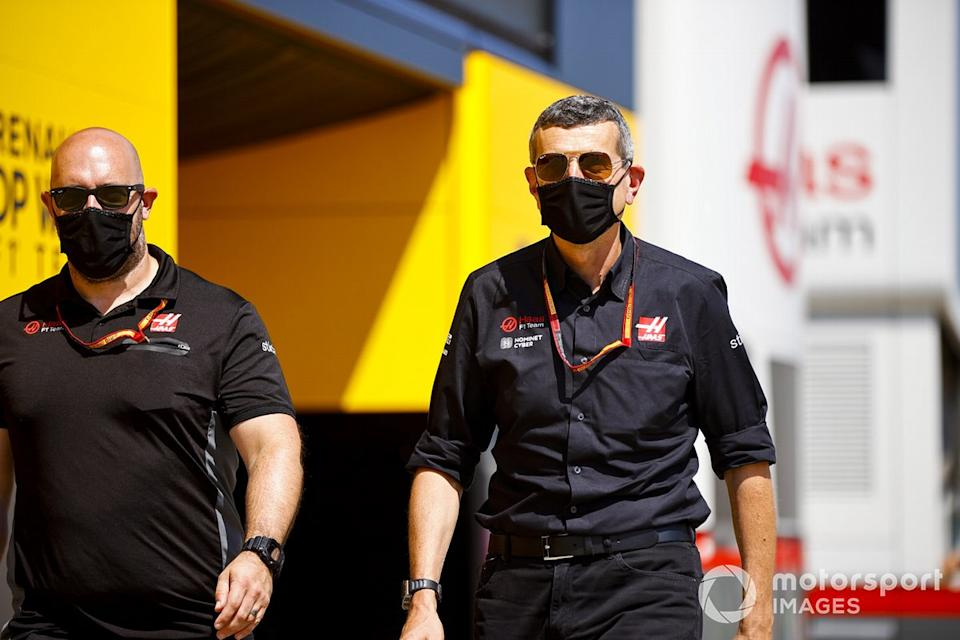 """Guenther Steiner, director del equipo, Haas F1 <span class=""""copyright"""">Andy Hone / Motorsport Images</span>"""