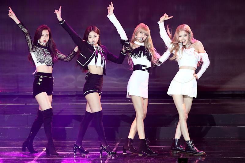 SEOUL, SOUTH KOREA - JANUARY 23: Girl group BlackPink performs on stage during the 8th Gaon Chart K-Pop Awards on January 23, 2019 in Seoul, South Korea. (Photo by Chung Sung-Jun/Getty Images)