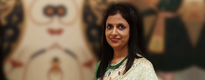 Durgapur, West Bengal-based Parul Bajoria's initiative Miharu bridges the gap between rural artisans and urban customers to revive Indian arts and crafts such as Dokra and Baluchari. She also organises jewellery-making workshops for girls, giving them a means of employment.
