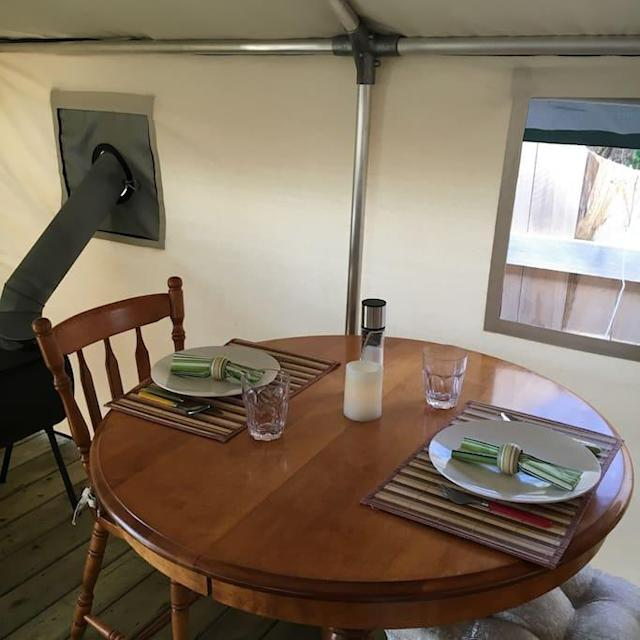<p>You can even take your meals inside, if the weather isn't favourable. (Airbnb) </p>