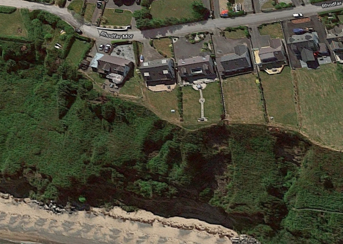 A satellite image of the Nefyn cliffside before the landslide happened. (Google Maps)