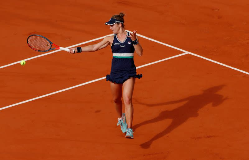 Podoroska becomes first female qualifier in French Open semi-finals