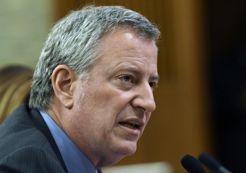 NYC mayor defends Amazon deal at state budget hearing