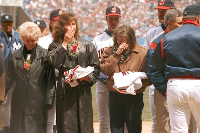 <p>Cause of death: Cleveland Indians pitchers Steve Olin and Tim Crews died in a boating accident that also injured teammate Bob Ojeda. It happened on Little Lake Nellie in Florida, within sight of Crews' home and about 40 miles from Indians camp, in 1993, at Winter Haven. </p>