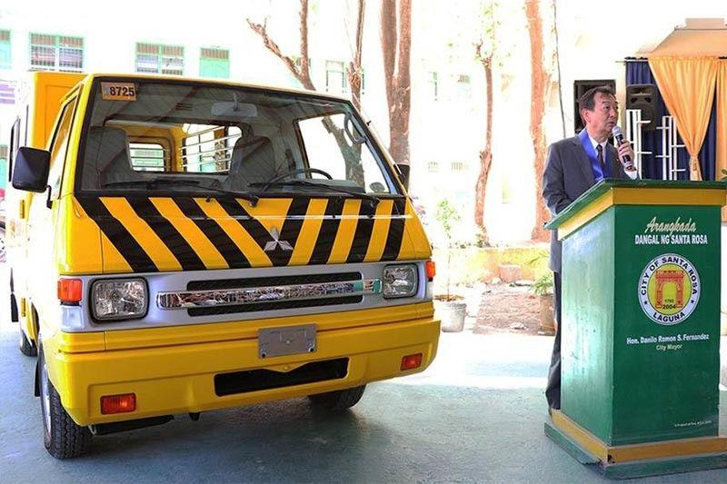 Mitsubishi Motors Philippines donates L300 school bus to SCITech Laguna