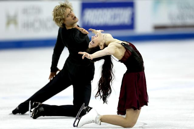 OMAHA, NE - JANUARY 26: Meryl Davis and Charlie White compete in the Free Dance during the 2013 Prudential U.S. Figure Skating Championships at CenturyLink Center on January 26, 2013 in Omaha, Nebraska. (Photo by Matthew Stockman/Getty Images)