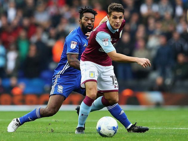​Burnley have officially completed the signing of Aston Villa midfielder Ashley Westwood as the player trades one set of claret and blue for another in a deal believed to be worth £5m - around £800,000 is set to go to his former club Crewe Alexandra. Westwood has signed a three-and-a-half year contract that will keep him at Turf Moor to 2020, while he has been handed the club's number 18 shirt. Welcome Ashley... pic.twitter.com/zDVmoPhw7q — Burnley FC (@BurnleyOfficial) January 31, 2017 It...